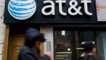 AT&T考虑出售其整个付费电视业务的大部分股份